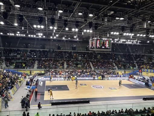 Basket: crac Auxilium, arrestato l'ex presidente del Torino Calcio Roberto Goveani