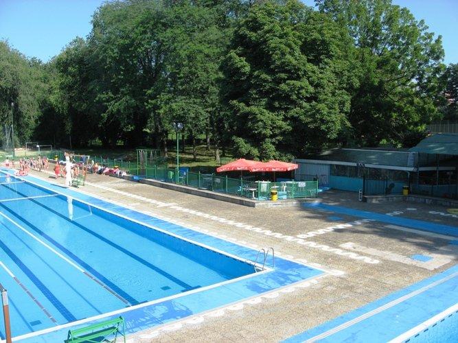 Torino pubblicati i bandi per la gestione delle piscine pellerina e trecate - Trecate piscina ...