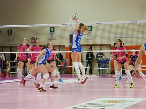 L'Eurospin Ford Sara Pinerolo conclude la regular season con una sconfitta in casa per 1 a 3