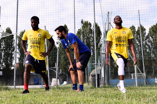 """""""In forma Reale"""", il nuovo format per un po' di allenamento casalingo con il preparatore della Reale Mutua Basket Torino"""
