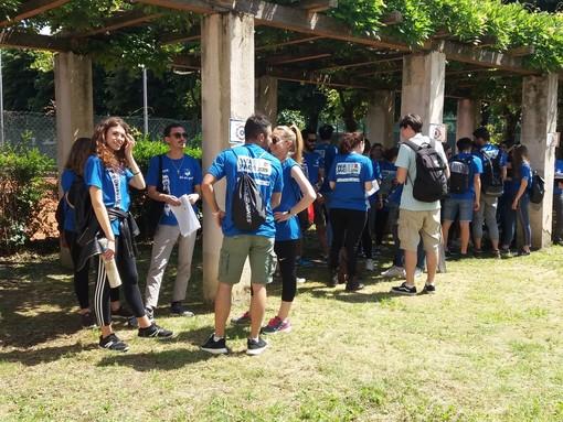 Vince chi differenzia più rifiuti: al via la gara tra studenti sulle rive del Po (FOTO)
