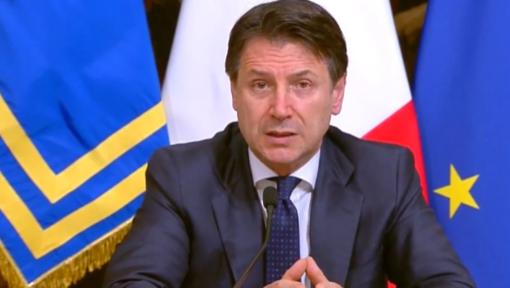 """""""NESSUNA PROROGA DELLE RESTRIZIONI FINO AL 31 LUGLIO"""" - La diretta di Conte"""