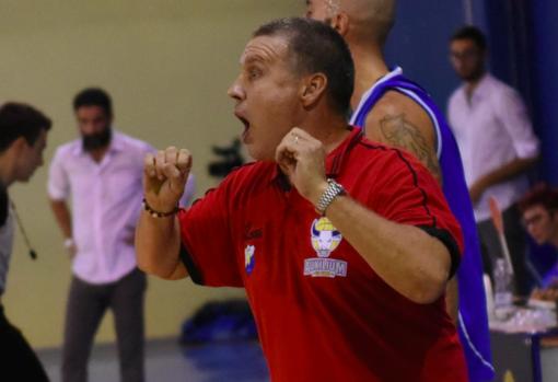Coach Antonello Arioli