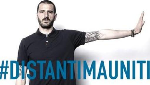"""Juve e Toro distanti ma uniti dallo stesso slogan: """"Restate a casa per battere il coronavirus"""""""