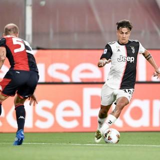 Tris Juve per rimanere a +4, la Vecchia Signora sbanca Marassi: Genoa ko