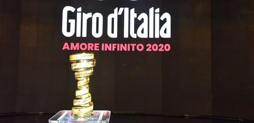 """Ricognizione in bici dell'ultimo tratto della 20^ tappa """"Alba-Sestriere"""" del Giro d'Italia 2020"""