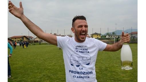 L'esultanza di Ligregni per il passaggio in Promozione dell'Infernotto nella scorsa stagione