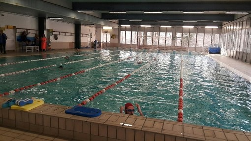 La piscina Parri riapre per l'estate