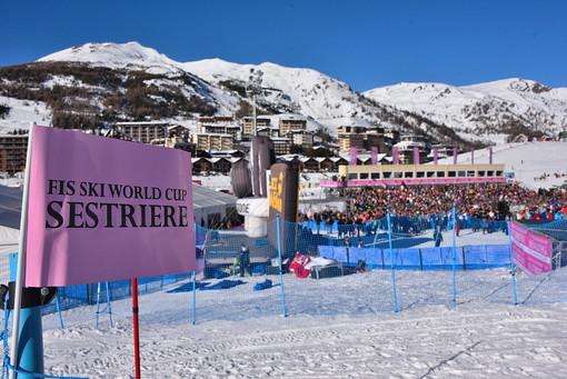 Sestriere, è arrivata la prima neve sulla pista di Coppa del Mondo
